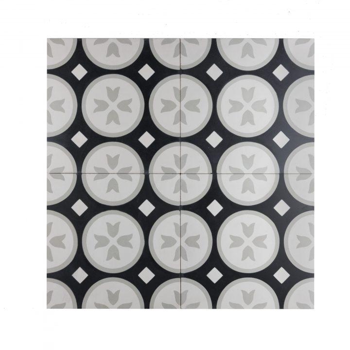ce-2019-2-zwart-grijs-wit-bloem-ruit-geruit-beige-motief-print-compleet